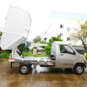 延龍牌純電動自裝卸式垃圾車