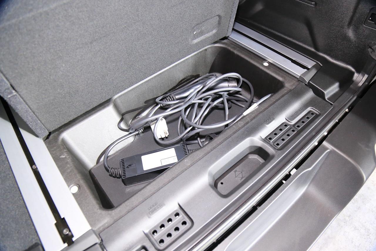 搭2.0T插電混動系統 牧馬人4×e正式發布