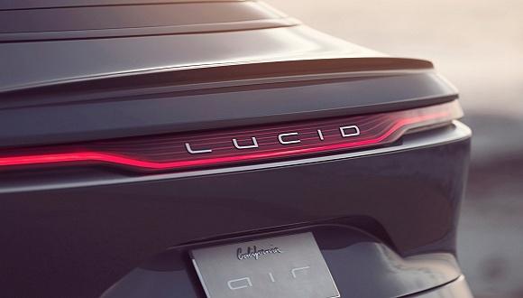 """""""美國小鵬""""Lucid首款量產車發布:8萬美元起售 續航里程超800公里"""