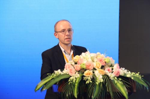 专访||白立松:佛吉亚将在中国发力氢燃料电池行业