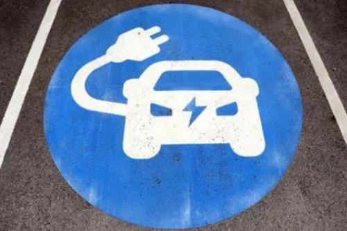 英國今年三季度新增超過1200個電動汽車充電樁 環比增長7%