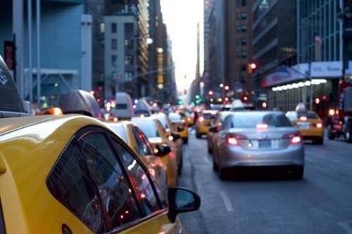 发改委:鼓励限购城市适当增加号牌指标投放