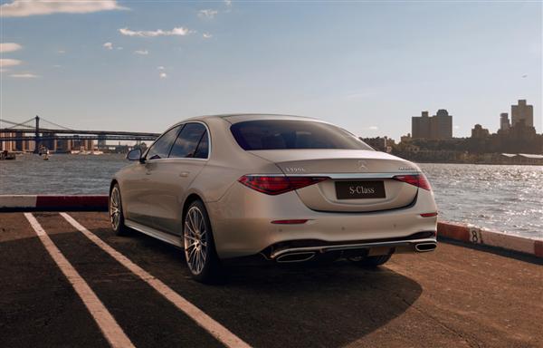 奔驰全新S级国内正式上市:全系六缸 89.98万元起售