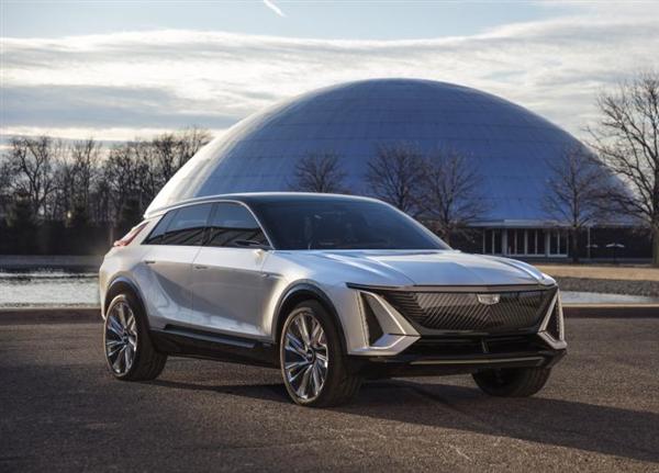 凯迪拉克新车将中国首秀:搭载33英寸十亿色环幕超视网膜屏