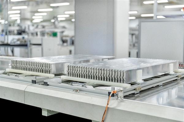 比亞迪:刀片電池被多家全球車企看中 產能要再多擴一倍