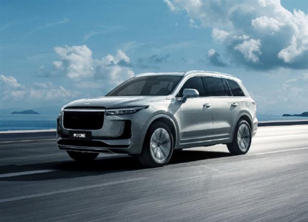 李想:理想自研自動駕駛 明年可與華為、特斯拉正面較量