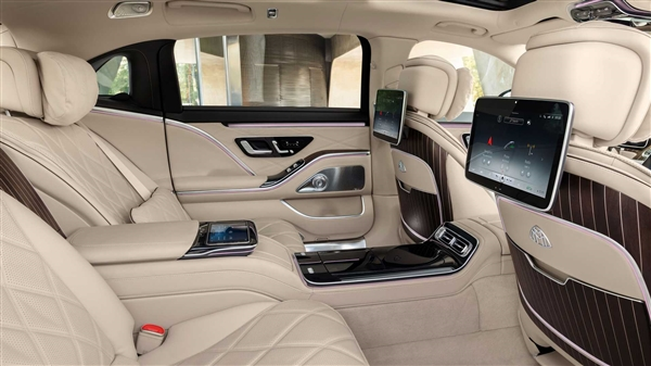 中國上市!全新邁巴赫S級發布 大燈秒殺99%車型