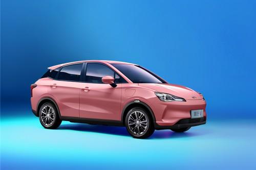 哪吒V成為女性用戶適合的車型,高效的占領市場份額