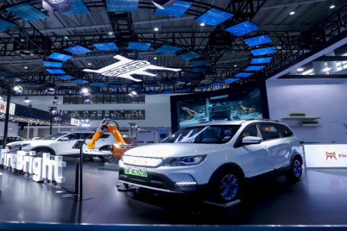 第四類電動汽車出現?火亮新能源發布純電增程電動汽車