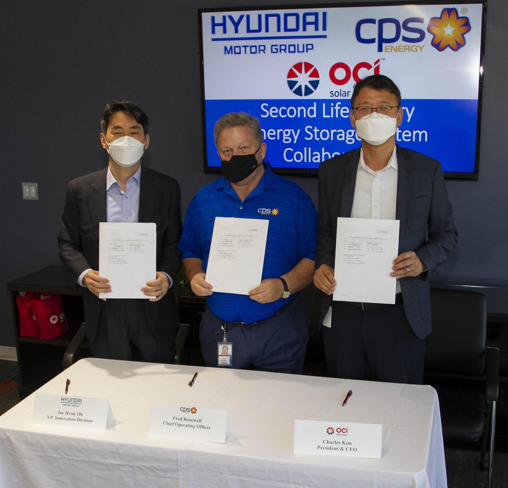 2021-Hyundai-MOU-signing.jpg
