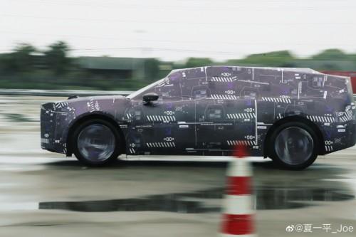 百度造车新进展: 集度首款SUV谍照曝光!或配备激光雷达